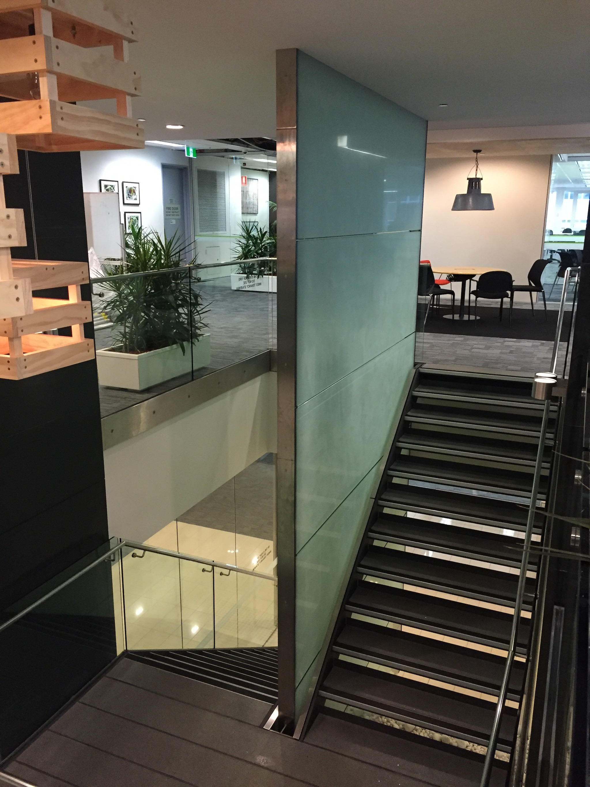 3M FASARA Glass Finishes Cielo C Stone