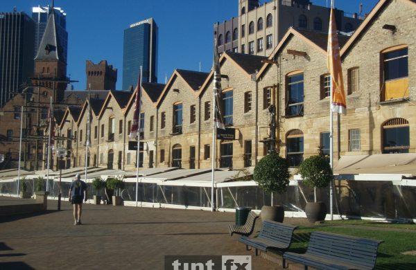 Solar Gard Quantum 20 Dockside Wolfies Restaurant external image