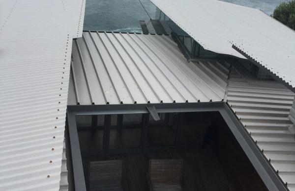 Residential Window Tinting - Solar Window Film - Solar Gard Sentinel Plus Stainless Steel 50 - sliding door - Whale Beach